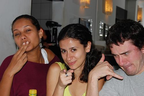 Beijomeliga com Eli (beijo), Paula (me) e Otávio (liga)